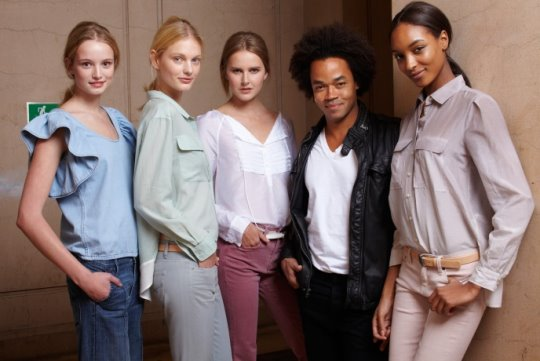 Gap S/S 2011 : Maud Welzen,Patricia van der Vliet,Lisanne De Jong,Patrick Robinson & Jourdan Dunn