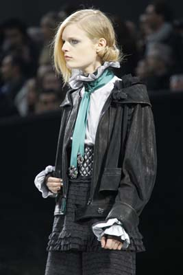 Chanel F/W 2011 - Hanne Gaby Odiele