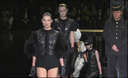 Louis Vuitton F/W 2011 - Kate Moss,Jessica Stam