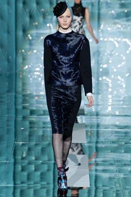 Marc Jacobs F/W 2011 - Julia Nobis