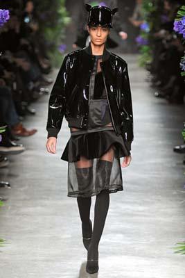 Givenchy F/W 2011 - Joan Smalls