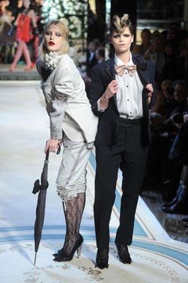 LANVIN X H&M FASHION SHOW:Dree Hemingway & Pixie Geldof