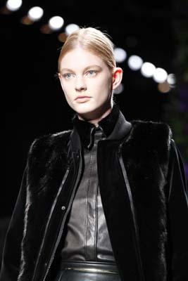 Givenchy F/W 2011 - Patricia van der Vliet