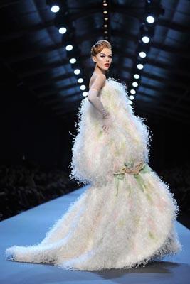 Christian Dior Haute Couture S/S 2011 - Frida Gustavsson
