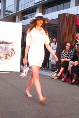Chanel Cruise 2011(Australia)