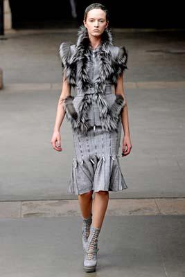 Alexander McQueen F/W 2011 - Daria Strokous