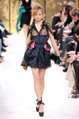 Louis Vuitton F/W'09 - Magdalena Frackowiak