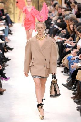 Louis Vuitton F/W'09 - Sasha Pivovarova