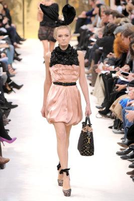 Louis Vuitton F/W'09 - Lily Donaldson