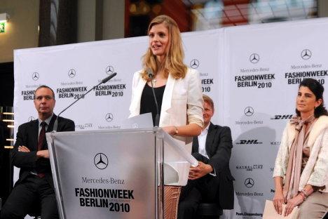 Berlin Fasion Week S/S 2010 - Julia Stegner