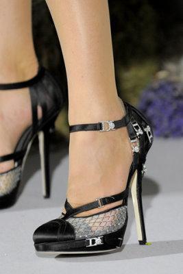 Christian Dior Haute Couture F/W 09.10