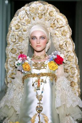 Christian Lacroix Haute Couture F/W 09.10 - Vlada Roslyakova