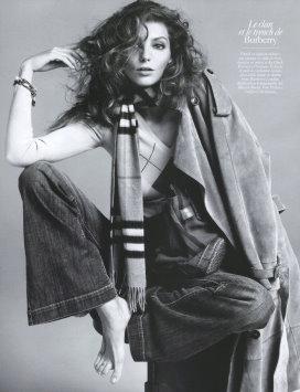 Vogue Paris August 2009 - Daria Werbowy