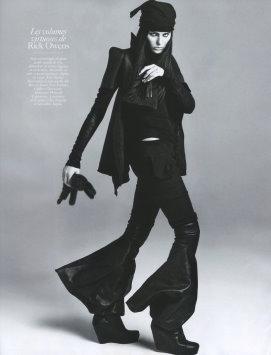 Vogue Paris August 2009 -  Isabeli Fontana
