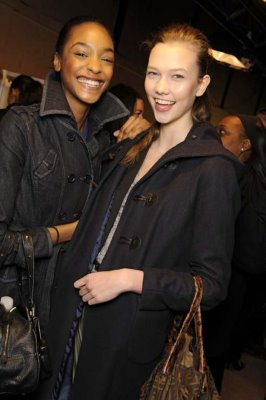 Stella McCartney F/W 2009 - Jourdan Dunn & Karlie Kloss