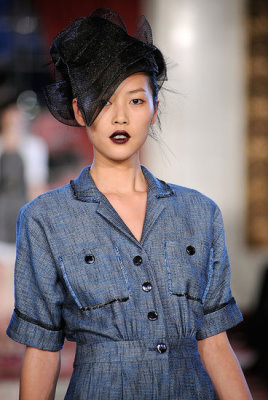 Jason Wu Spring 2010 - Liu Wen
