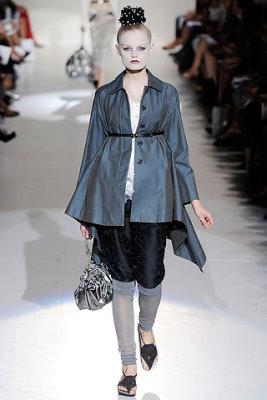 Marc Jacobs S/S 2010 - Hanne Gaby Odiele