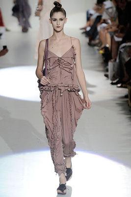 Marc Jacobs S/S 2010 - Daiane Conterato