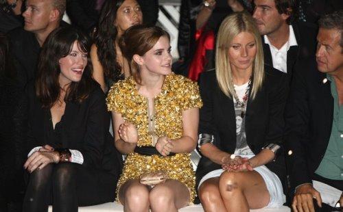 Burberry Prorsum S/S 2010 - Liv Tyler,Emma Watson,Gwyneth Paltow and MarioTestino