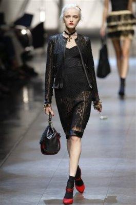 Dolce & Gabbana S/S 2010 - Vlada Roslyakova
