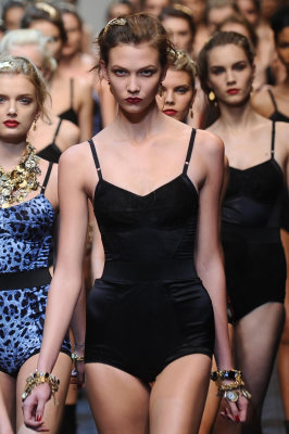 Dolce & Gabbana S/S 2010 - Karlie Kloss