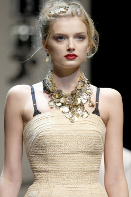Dolce & Gabbana S/S 2010 - Lily Donaldson