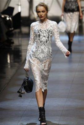 Dolce & Gabbana S/S 2010 - Snejana Onopka