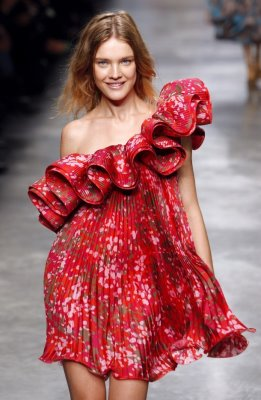 Stella McCartney S/S 2010 - Natalia Vodianova