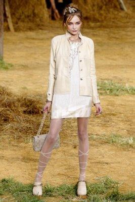 Chanel S/S 2010 - Snejana Onopka