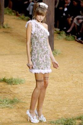 Chanel S/S 2010 - Abbey Lee