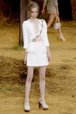 Chanel S/S 2010 - Skye Stracke