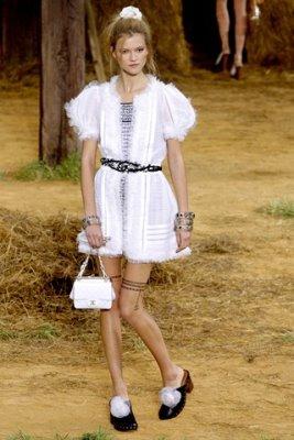 Chanel S/S 2010 - Kasia Strauss