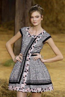 Chanel S/S 2010 - Irina Kulikova