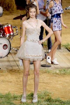 Chanel S/S 2010 - Katie Fogarty