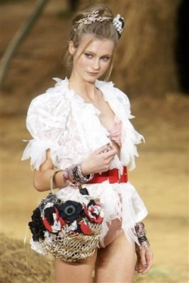 Chanel S/S 2010 - Charlotte Di Calypso