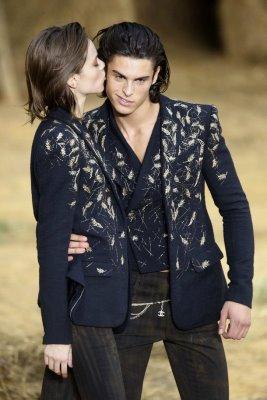 Chanel S/S 2010 - Freja Beha Erichsen & Baptiste Giabiconi & Lara Stone