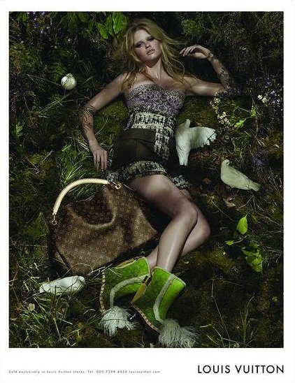 Louis Vuitton 2010 S/S: Lara Stone