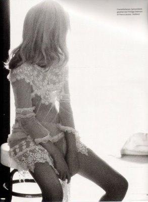 Vogue Germany January 2010 : Toni Garrn