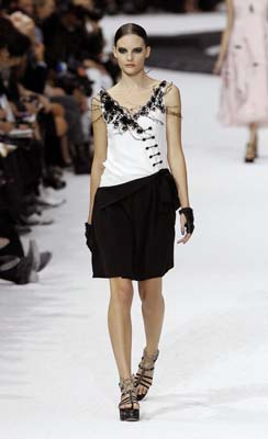 Chanel S/S 2011 : Sara Blomqvist