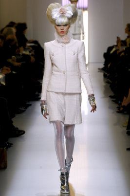 Chanel HC S/S 2010 - Siri Tollerod