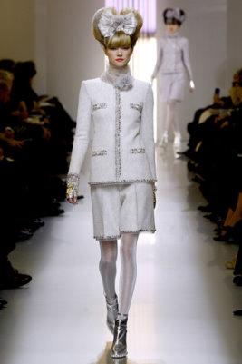 Chanel HC S/S 2010 - Kasia Struss