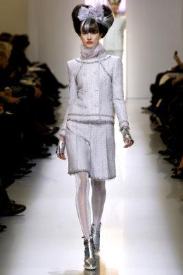 Chanel HC S/S 2010 - Jacquelyn Jablonski