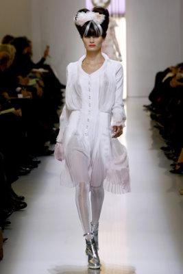 Chanel HC S/S 2010 - Isabeli Fontana