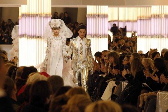 Chanel HC S/S 2010 - Abbey Lee & Baptiste Giabiconi