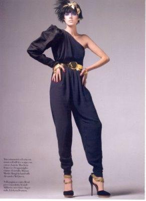 Vogue Italia February 2010 - Agyness Deyn