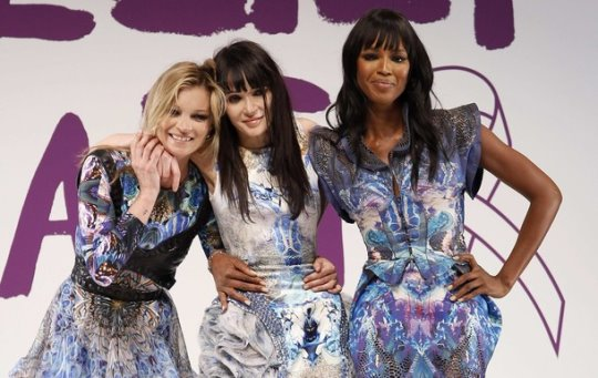 Fashion For Relief Haiti - Kate Moss,Annabelle Neilson and Naomi Campbell