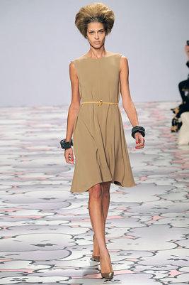 Giles F/W 2010 - Ana Beatriz Barros