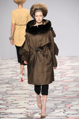 Giles F/W 2010 - Lindsey Wixson