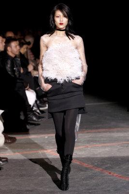Givenchy F/W 2010 - Liu Wen