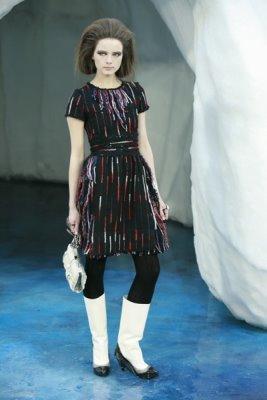 Chanel F/W 2010 - Anna de Rijk